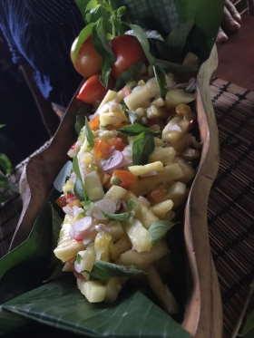 fruit-salad-dapur-tara-flores-restaurant-komodo