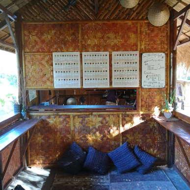lobby-dining-area-sten-lodge-eco-homestay-labuan-bajo