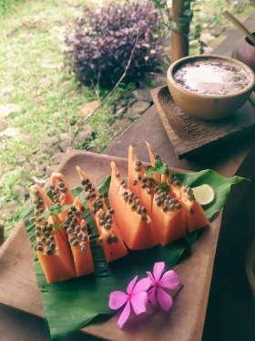 papaya-cappuccino-dapur-tara-flores-restaurant-komodo
