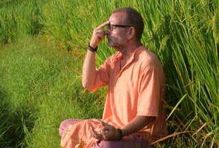 pranayama-retreat-sten-lodge-eco-homestay-labuan-bajo