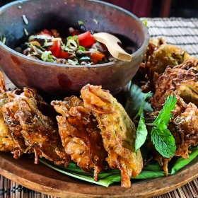 shrimps-dapur-tara-flores-restaurant-komodo
