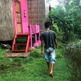 walking-barefoot-2-sten-lodge-dapur-tara-flores-labuan-bajo-komodo